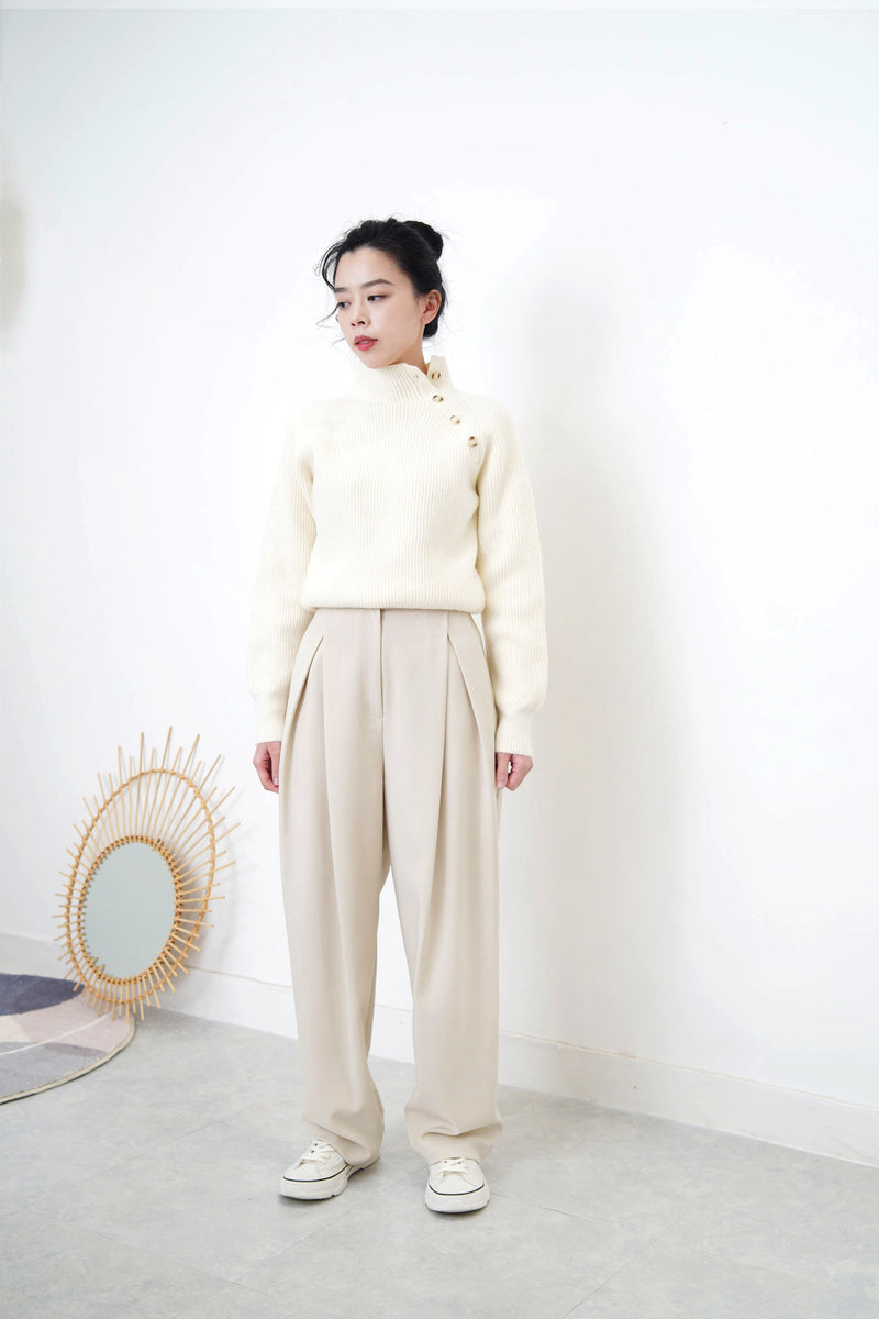 Ivory double pleats trousers
