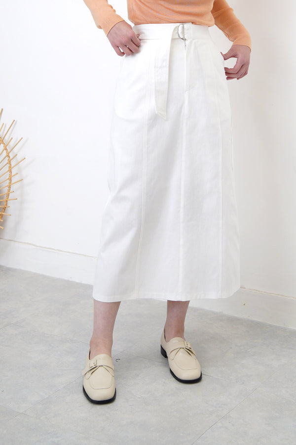 White h cut skirt w/ side pockets