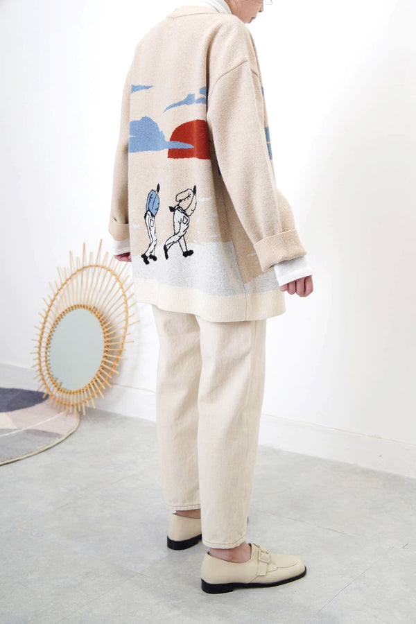 Beige wool oversized cardigan in painting