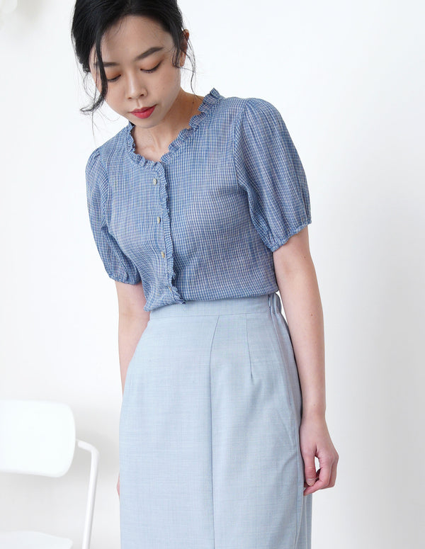 Blue checked texture blouse in ruffle fringe