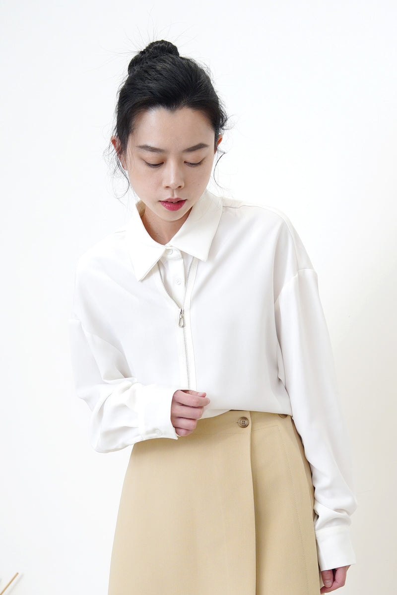 White boyfriend shirt w/ zip front