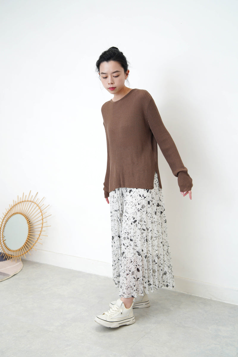 Brown stripes soft knit top in split hem