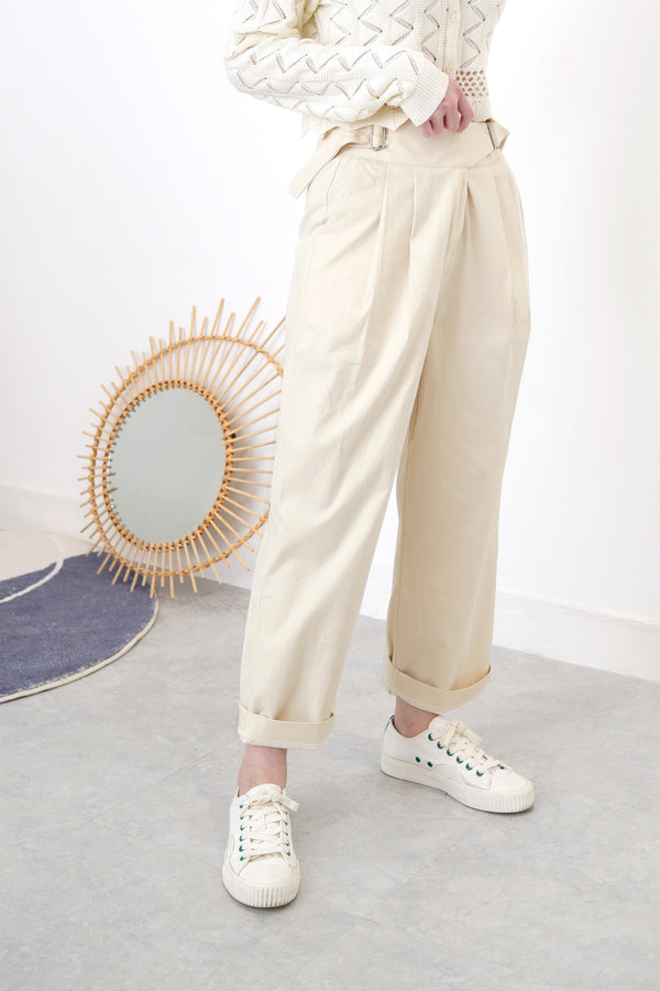 Ivory trouser w/ side waist buckles