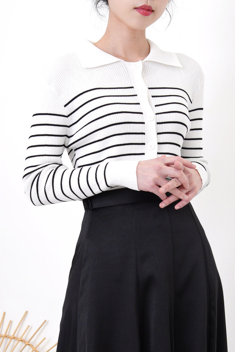 White stripes texture cardigan w/ collar