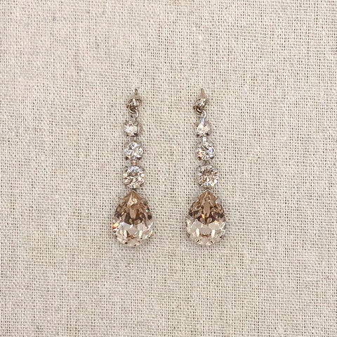 MEG Golden Chantilly Earrings