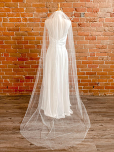 "Pearl Rough Edge Ivory 90"" Veil- Elenna"