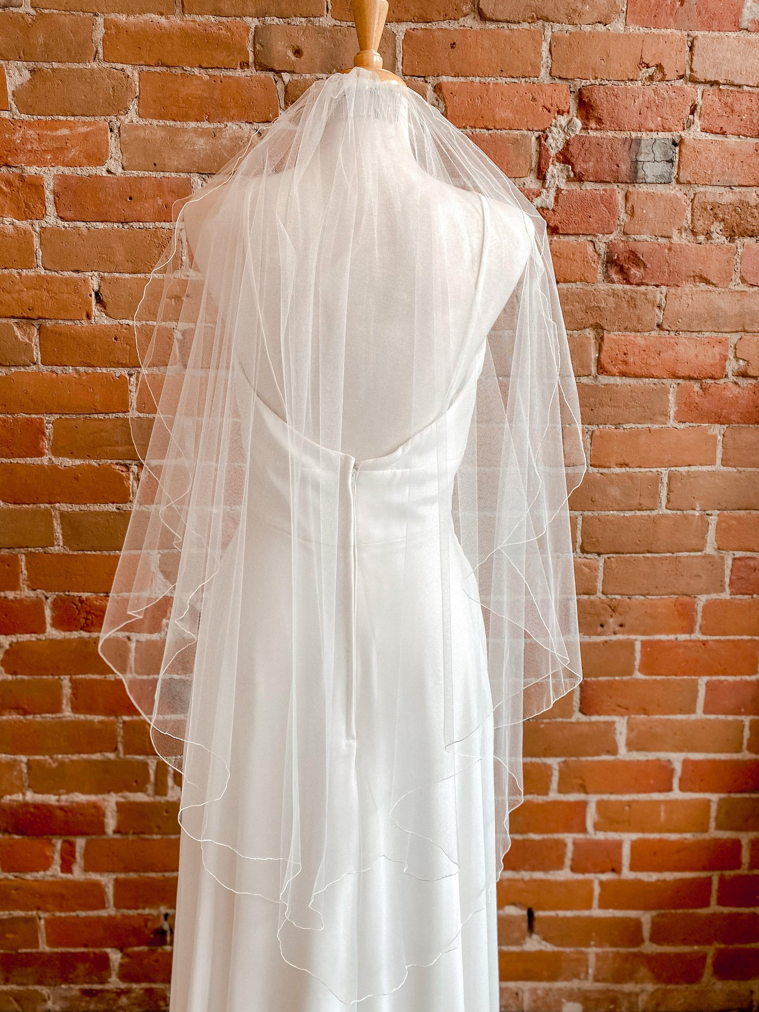 "Two Tier Finished Edge w/ Blusher 47"" Ivory Veil -Jolie"