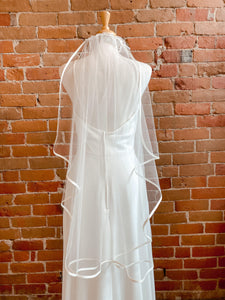Finished Edge Satin Edge Veil Ivory- Mel