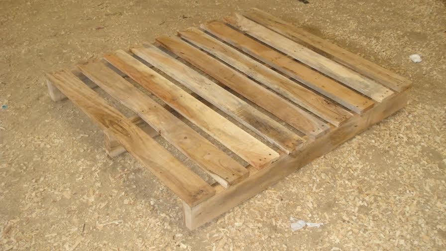 Pine wood 4 way pallets-Heat Treated