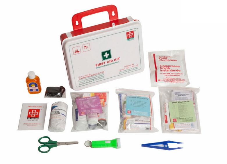 First Aid Workplace Kit  Medium - Plastic Box Wall Mounted - 81 Components