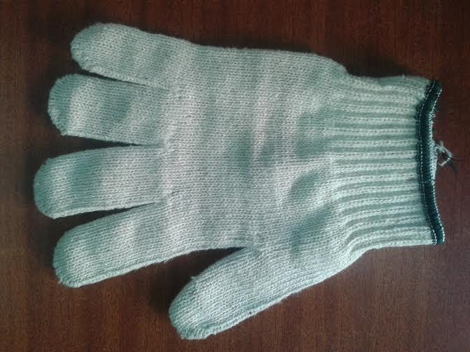Knitted cotton handgloves