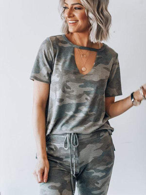 Hollow Collar Short Sleeve Camouflage Suit
