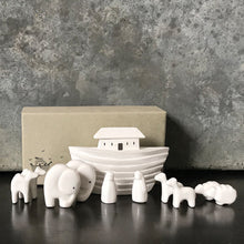 Load image into Gallery viewer, Porcelain Noah's Ark Set