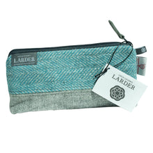 Load image into Gallery viewer, Medium Harris Tweed® Cosmetic bag, two colours