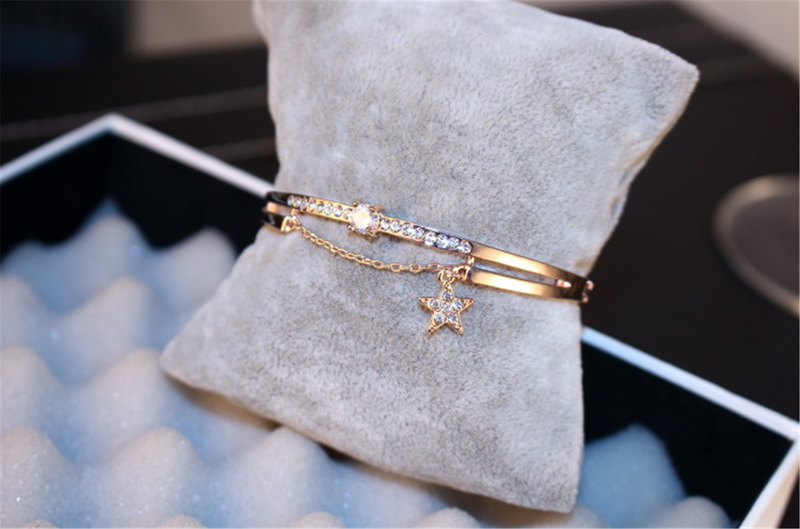 Rhinestones Lucky Dangle Charm Star Bangle Bracelet