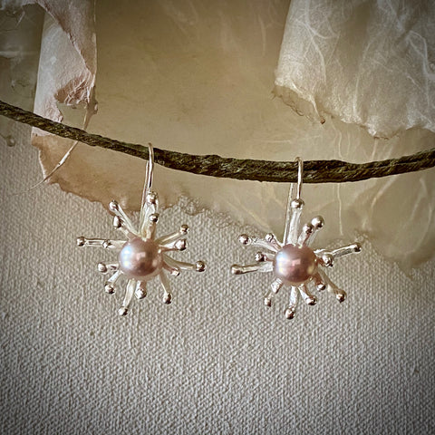 Flower Pop Cultured Pearl Silver Earrings by Arpaia Lang