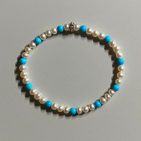 Arpaia sleeping beauty turquoise & soft white baby CFWP stretch bracelet