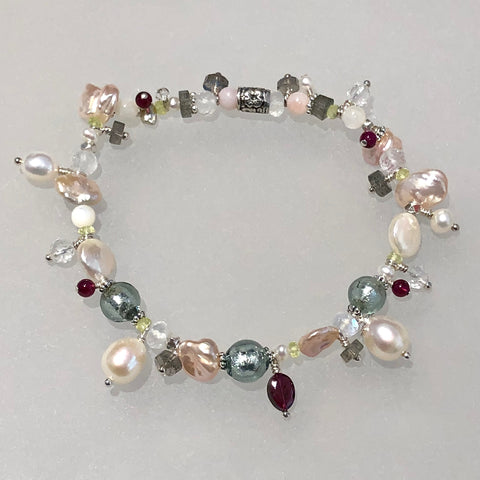 Sag Harbor beachlove stretch bracelet Arpaia Jewelry