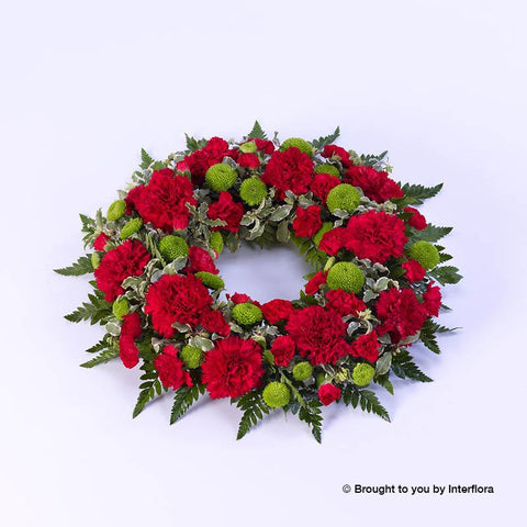 Large Classic Selection Wreath Red and Green