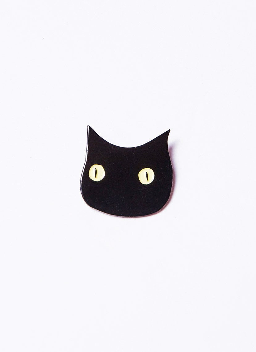 black cat pin