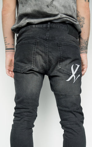 ONYX DISTRESSED DENIM - GREY