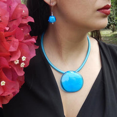 DISCO 2 TURQUOISE aqua two-tone modern art to wear murano glass statement necklace on rubber tubino cord, handmade in Italy