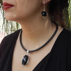 PEBBLE • murano glass necklace • BLACK CRYSTAL | black