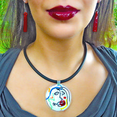 Model wearing white multicolor SKETCH #8 Murano glass necklace inspired by MIRO' drawings, handmade in Italy