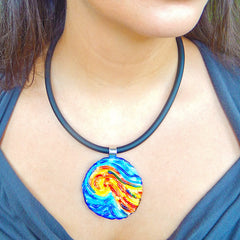 Model wearing VINCENT 3 starry night blue multicolor murano glass necklace, handmade in Italy, art to wear inspired by Vincent Van Gogh