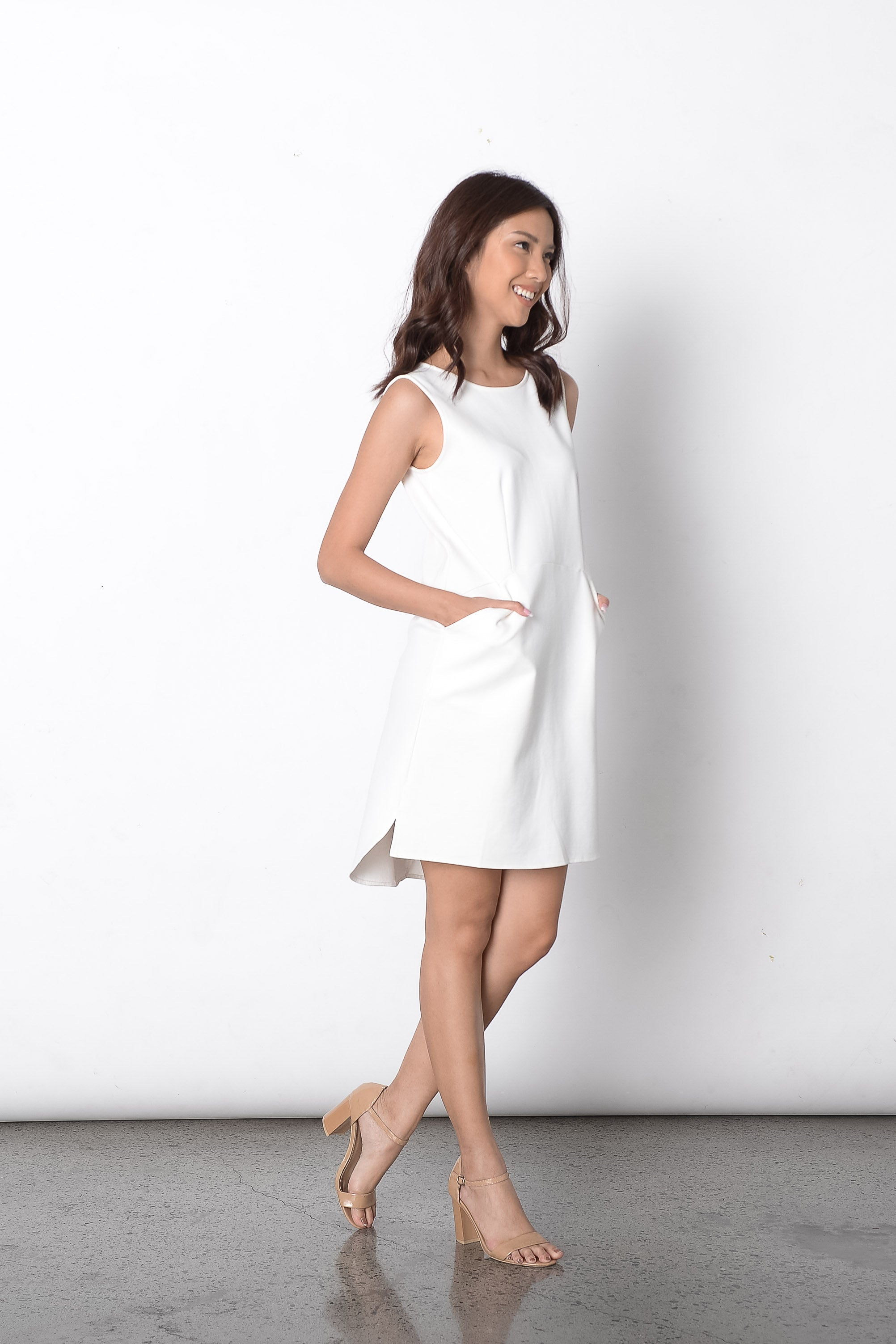 Dilek S/L Loose Dress in White