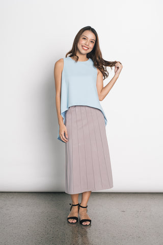Efa Electric Pleated Knitted Skirt in Beige