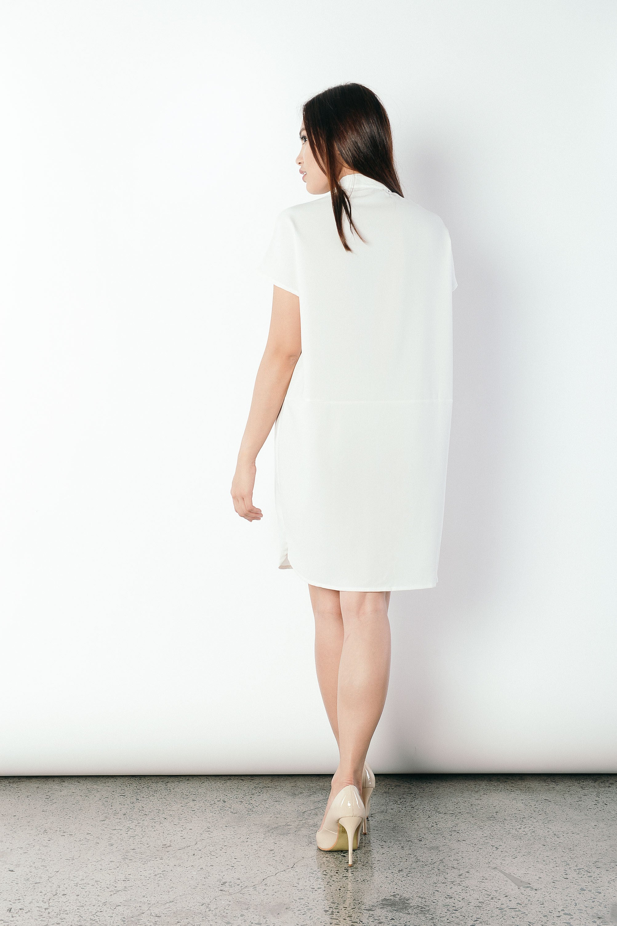 Geovana Collared Dress in White