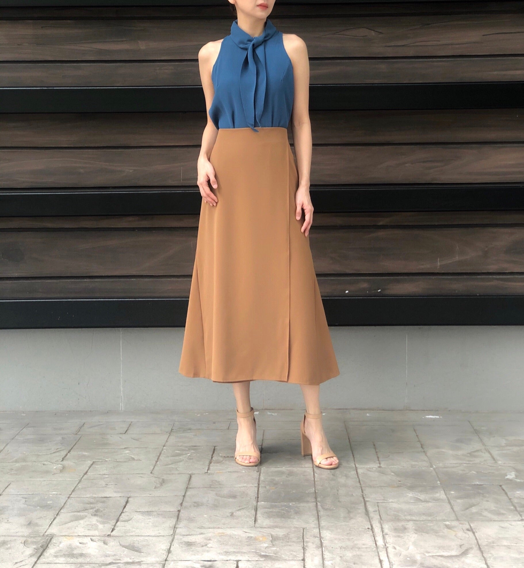 Laurel Skirt in Camel