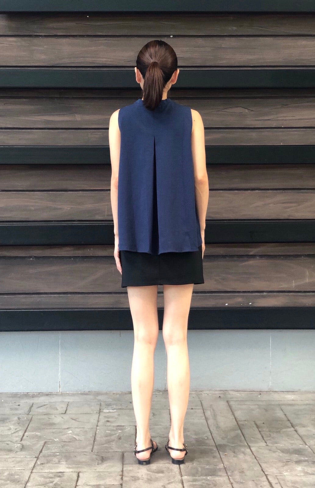 Gamila Top in Navy