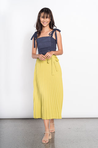 Fedora Mid Pleated Skirt in Tan