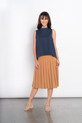 Efa Electric Pleated Knitted Skirt in Brown