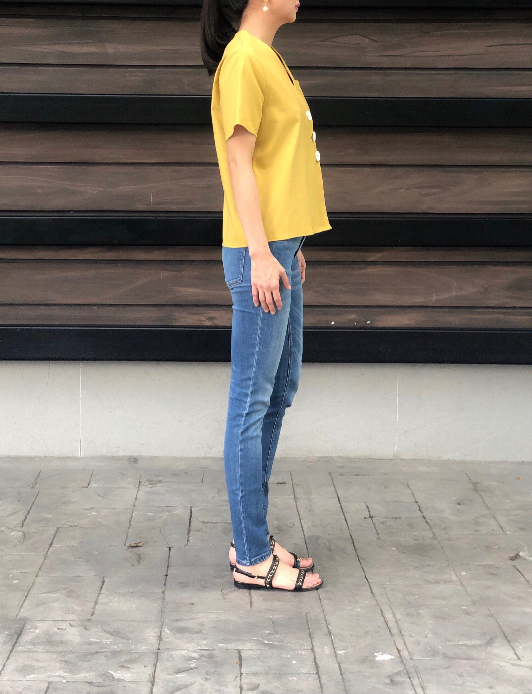 Jytte 3 Button Top in Mustard