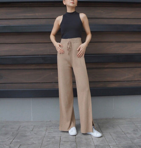 Eileen Knitted Lounge Pants in Beige