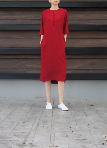 Jacey Zip Dress in Maroon