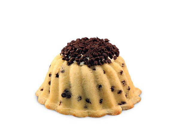Chocolate chip pound in the shape of a bundt filled with vanilla buttercream and topped with chocolate chips. Serves 6 Packaged in our signature yellow and white striped gift box with a blue bow.