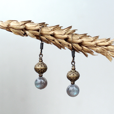 Birthstone Earrings: Labradorite