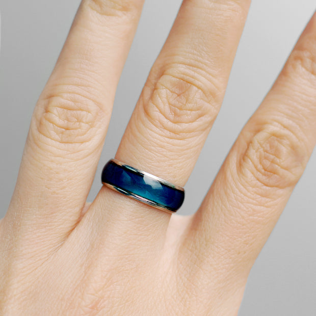https://cdn.shopify.com/s/files/1/0249/5997/5510/files/Mood_Ring_Thick_Square_v2.m4v?2187