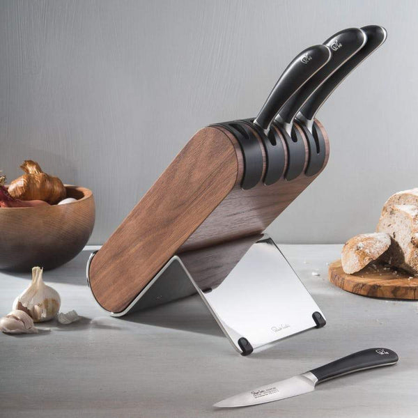 Signature Q Knife Block Set Walnut - Lifestyle