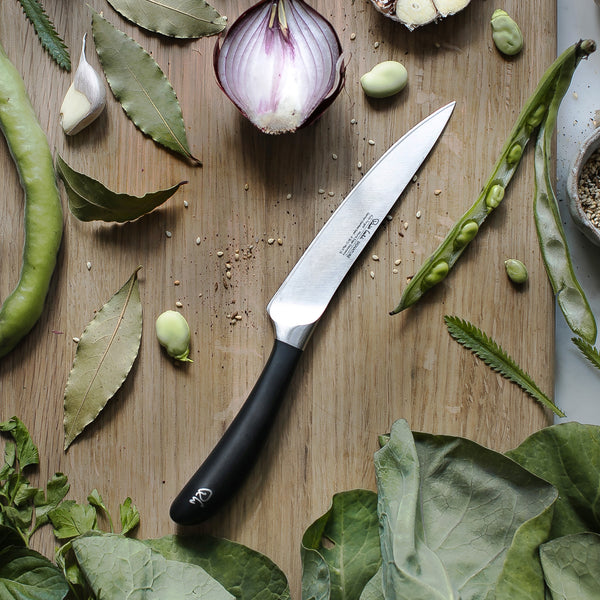 Signature Kitchen Knife 14cm - Lifestyle