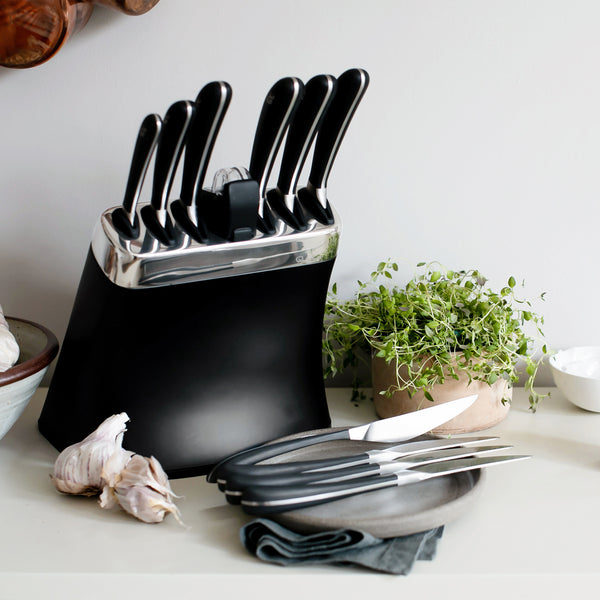 Signature Knife Block Set - 4 Free Contour Noir Steak Knives