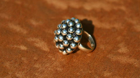 Arena sterling silver ring