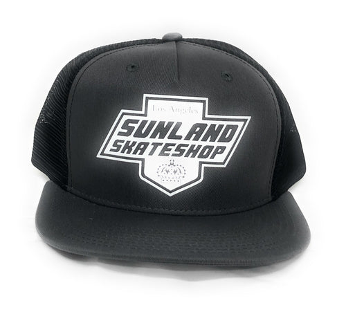 SUNLAND SKATE SHOP HAT BLACK/GRAY TRUCKER SNAPBACK