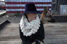 Load image into Gallery viewer, DIY Kit - Eternity Cowl - Big Loop