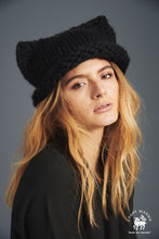 Load image into Gallery viewer, DIY Kit - Kitty Hat - Merino No. 5
