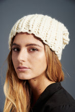 Load image into Gallery viewer, DIY Kit - Her Beanie - Merino No. 5